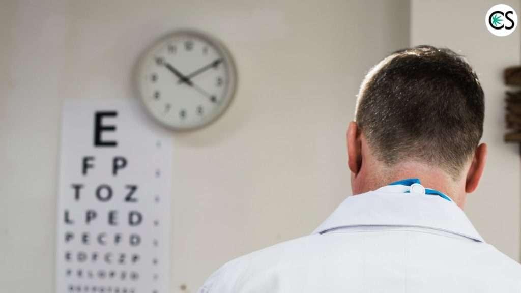 doctor-eye-chart